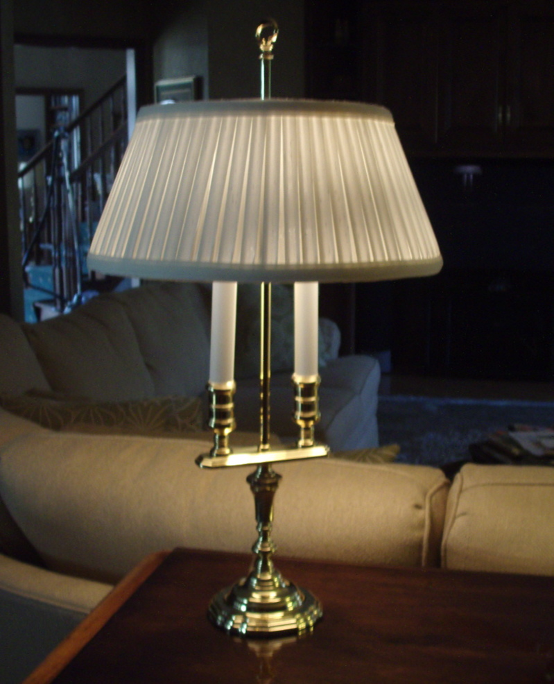 lamp-lampshade-pleated-liner-repair-restore