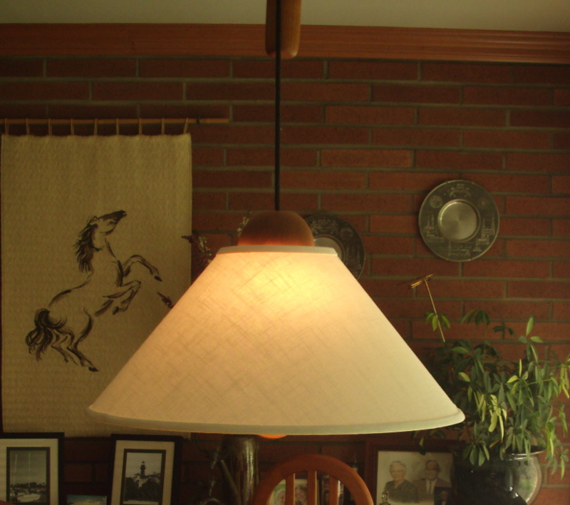 lampshade-hanging-light-ivory-linen-hard-shell