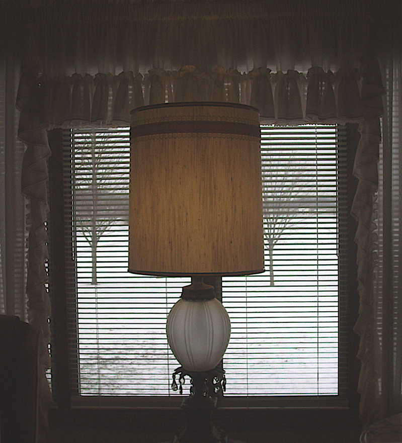large-drum-shade-on-original-lamp-base-in-window