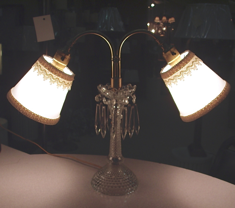 Cleveland Vintage Lighting Clip On Lampshade: Antique Candlelight Lampshade Repair, Cleveland, Ohio